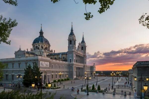 Catedral de La Almudena, Madrid, Espanha